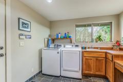 700-Rainier-Ln-Port-Ludlow-WA-014-027-Laundry-MLS_Size