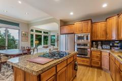 700-Rainier-Ln-Port-Ludlow-WA-016-035-Kitchen-MLS_Size