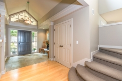 LRE-8652 NE County Park Rd-print-029-63-Entryway-3600x2400-300dpi