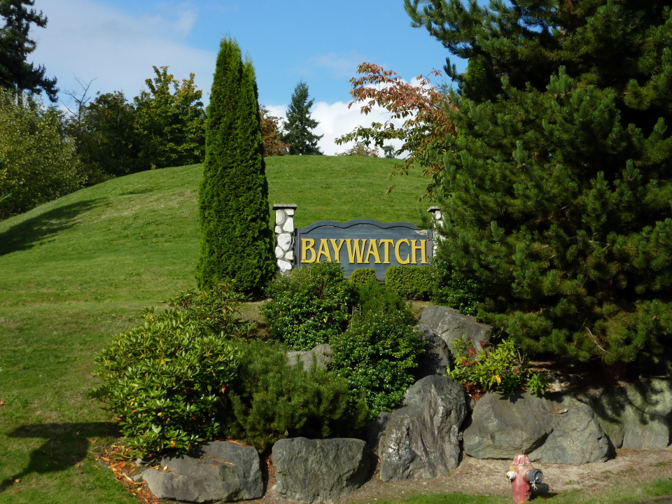 Monument at entry of Baywatch neighborhood in Poulsbo