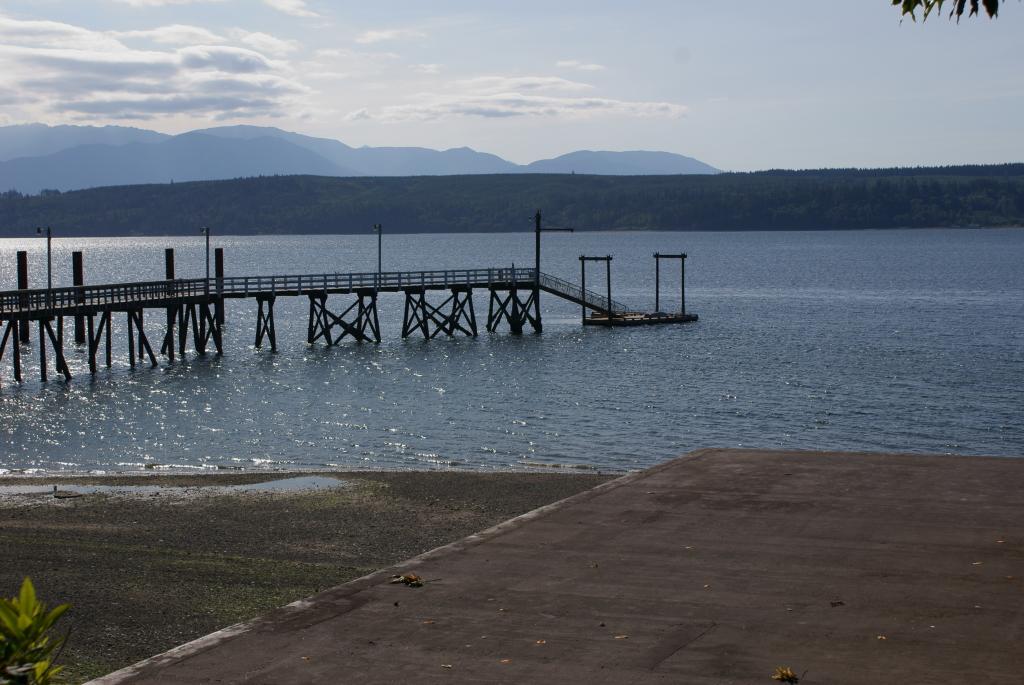 Lofall dock & boat ramp